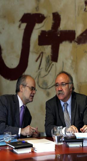 La Generalitat fija en sólo 1.817 euros las dietas que paga a los funcionarios de sus «embajadas»
