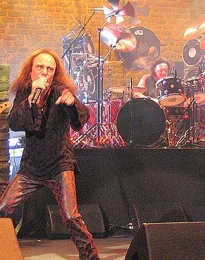 Muere Ronnie James Dio, icono del heavy metal