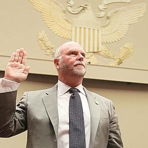 Craig Venter defiende la utilidad de su célula sintética