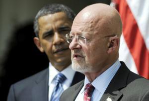 REUTERS  Obama con James Clapper, ayer en el Rose Garden de la Casa Blanca