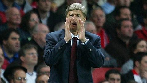 Wenger renueva con el Arsenal hasta 2014
