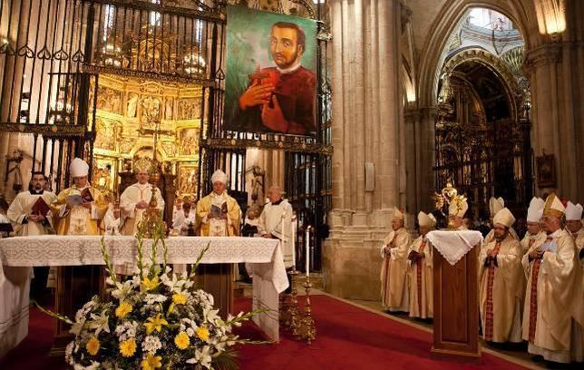 Palafox sube a los altares en una ceremonia seguida por 3.500 fieles