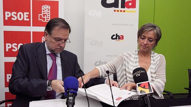 El PSOE claudica ante CHA para salvar la Alcaldía de Zaragoza tras perder las elecciones