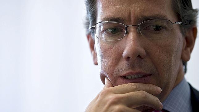 Bernardino León, a falta de un trámite para ser nombrado enviado especial en el Mediterráneo