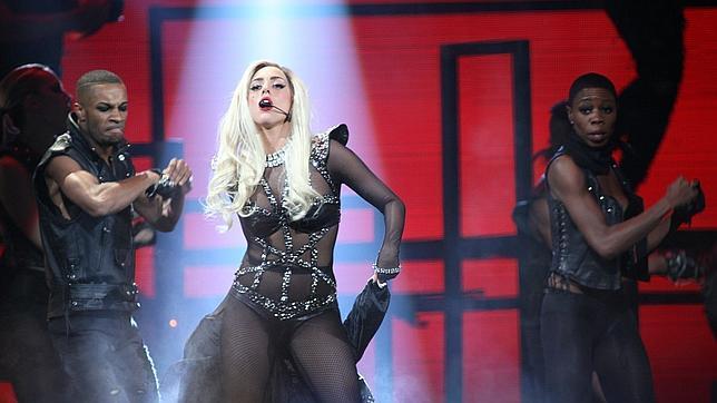 Gaga, ahora convertida en sirenita