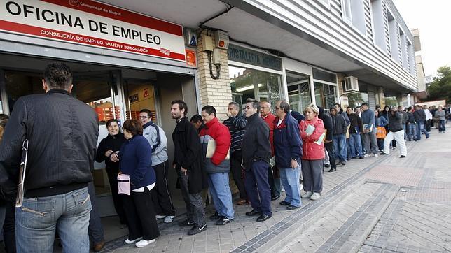 Tres de cada diez españoles teme perder su actual puesto de trabajo