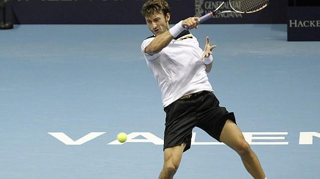 La constancia de Ferrero derrota a Bogomolov