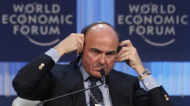 De Guindos: «La inyección de liquidez del BCE no es la cura final para la eurozona»