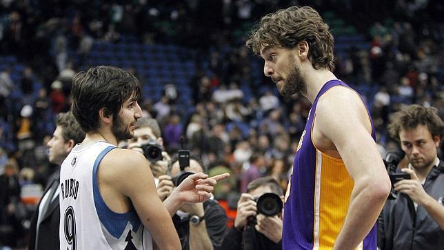 Los Wolves llevan al límite a los Lakers