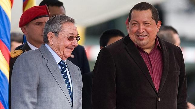 Hugo Chávez prepara grandes fastos para el 20 aniversario de su golpe fallido
