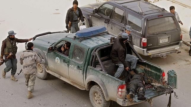 Nueve muertos al estallar una bomba cerca de una comisaría en Kandahar