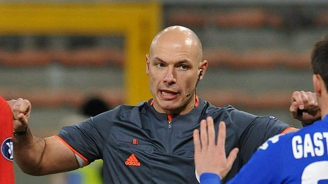 El árbitro de la final de Sudáfrica dirigirá el Bayern de Múnich-Real Madrid