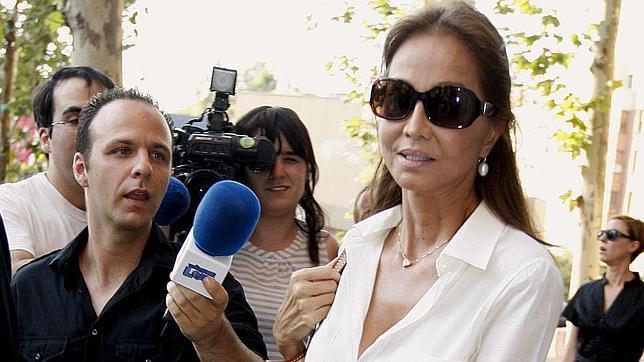 Isabel Preysler: «Es un milagro que Miguel esté en casa»