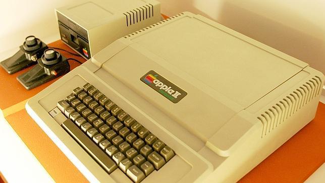dc1442baa98 Subastan el Apple I, el primer ordenador que diseñó Steve Jobs