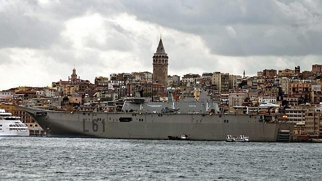 Morenés viaja a Turquía para impulsar acuerdos de la industria de Defensa