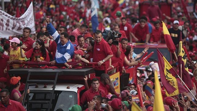 Chávez dice que no insulta a Capriles cuando lo llama fascista o corrupto