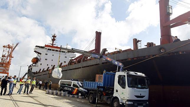 Detienen en Bulgaria a responsables del transporte del alijo de cocaína incautado en Cádiz