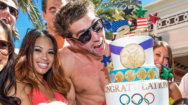 Michael Phelps celebra en Las Vegas su retirada y gana 100.000 dólares en un casino