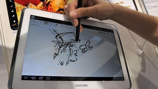 Samsung prepara su teléfono con pantalla flexible para principios de 2013