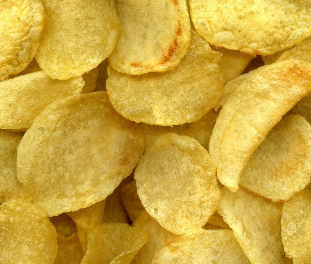 Los alimentos que dan más gases y producen más hinchazón