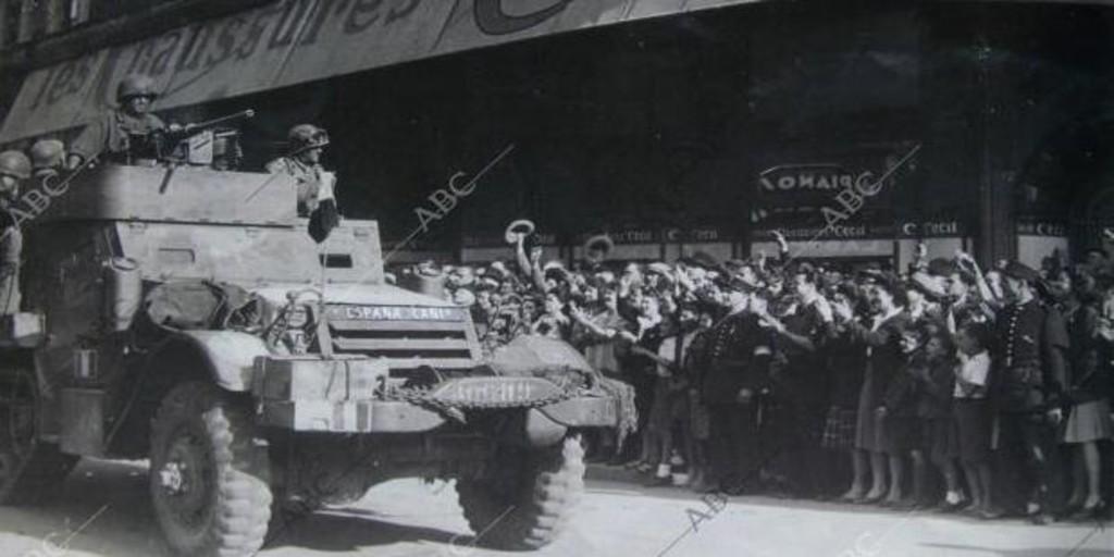 Segunda Guerra Mundial La Gesta Silenciada Durante Años Del Ariete Español Que Liberó París De Los Nazis Archivo Abc