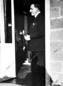 Pocos meses antes de su fallecimiento se tomó esta foto de Alfonso XIII