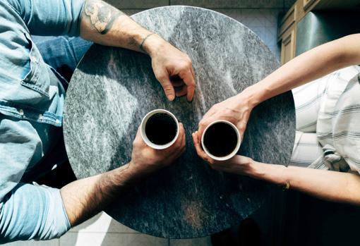 La confianza y las confidencias son importantes para los que se profesan un amor de tipo amistoso