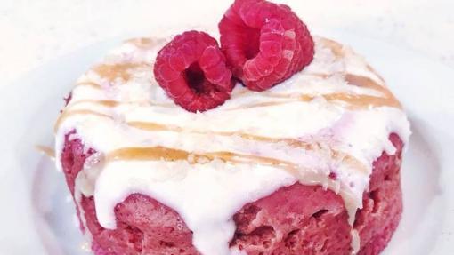Beet and strawberry mugcake.