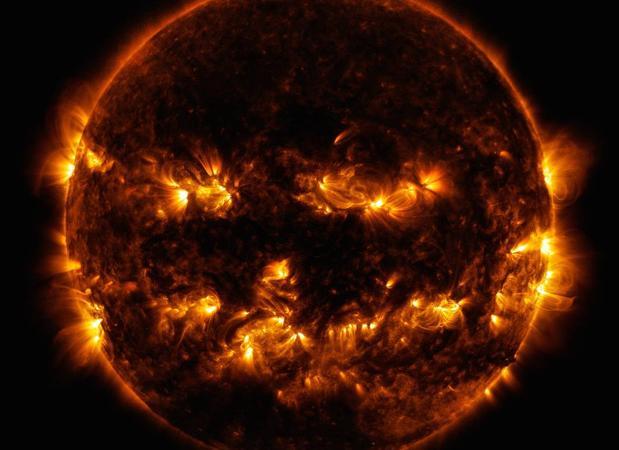 Imagen del sol captada por el SDO «Solar Dynamics Observatory», de la NASA