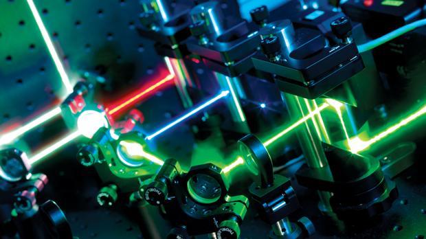 Resultado de imagen de Un experimento que trata de convertir energía en materia