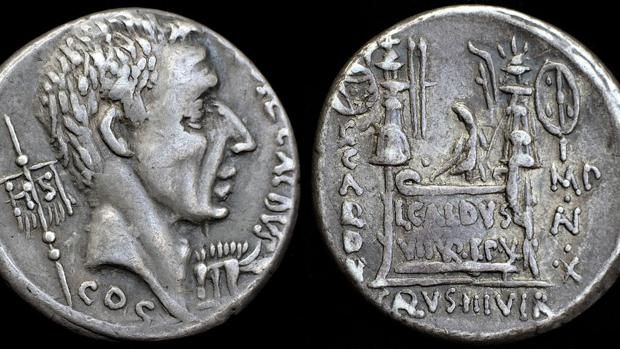 Monedas romanas de plata. Los niveles de plomo en el hielo son un indicador de actividad económica, porque este se liberaba al extraer plata