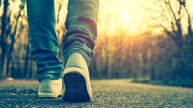La capacidad de ignorar nuestros propios pasos, un truco del cerebro