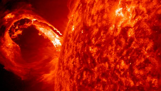 Imagen tomada de una eyección de masa coronal en 2013 por la sonda STEREO