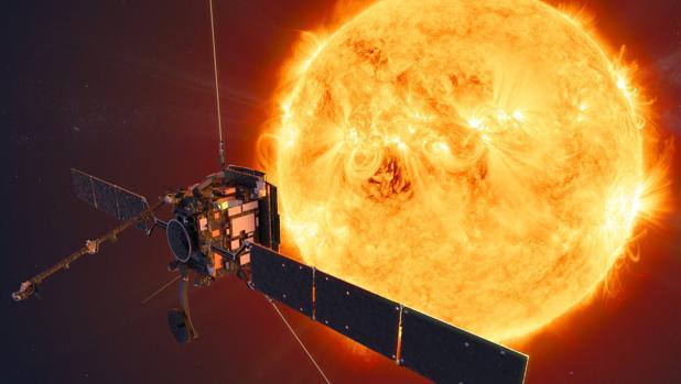La Solar Orbiter frente al Sol en una ilustración
