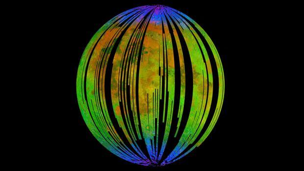 Las áreas azules en esta imagen del orbitador Chandrayaan-1 muestran agua concentrada en los polos de la Luna, donde también se ha detectado hematita, una forma de óxido