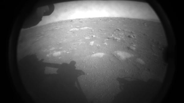 Primera imagen de Marte enviada por el robot Perseverance