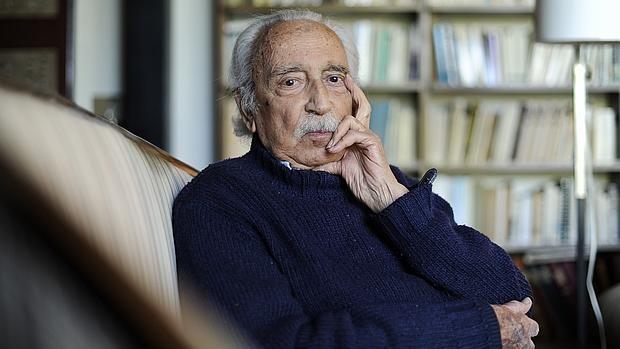 Salvador Pániker, fotografiado en su casa barcelonesa de Pedralbes