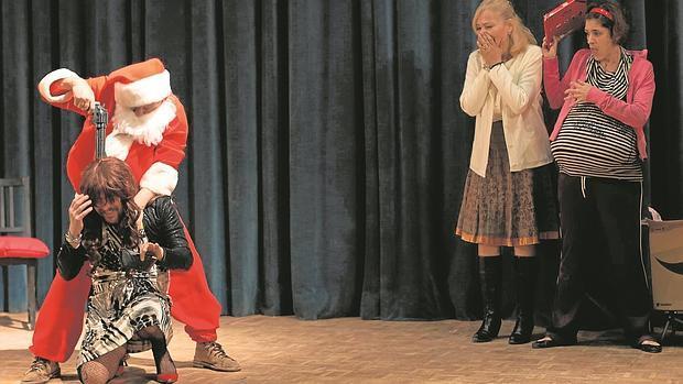 Una escena de «Papá Noel es una mierda»