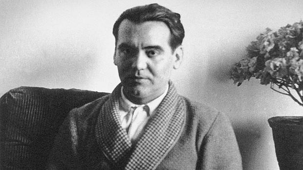 Guerra abierta entre los García Lorca y el Ministerio de Cultura por el futuro del legado del poeta