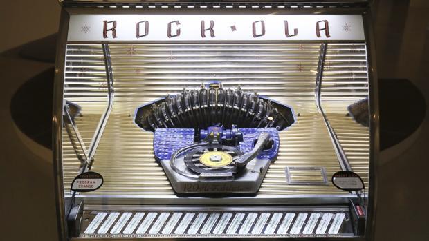 Una de las piezas exhibidas en la exposición «Jukebox, Jewkbox! A Jewish Century on Shellac and Vinyl», abierta en el Museo de Historia de los Judíos Polacos, en Varsovia, hasta finales de mayo