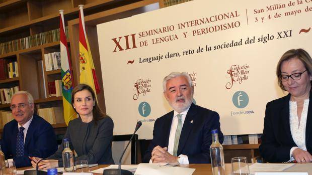Doña Letizia presidió el acto inaugural del Seminario de Fundeu