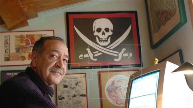 Gerardo González de Vega en su estudio