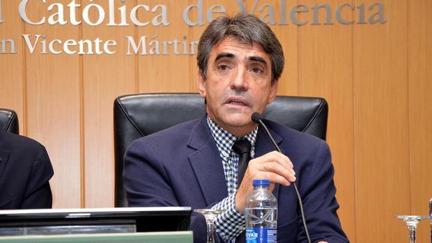 Victorino Martín, durante su charla en la Universidad Católica de Valencia