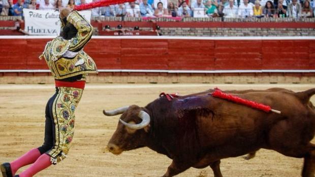 Morante de la Puebla, ayer en la plaza de Huelva