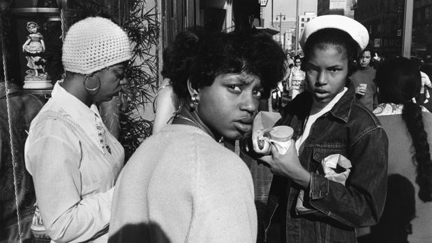 «Los Angeles #14» (1973), fotografía de A. Hernandez presente en su muestra madrileña