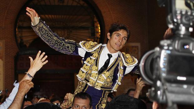 Sebastián Castella, por la Puerta Grande de Las Ventas el pasado San Isidro