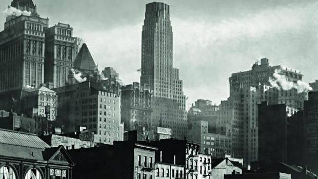 «West Street» (1932)