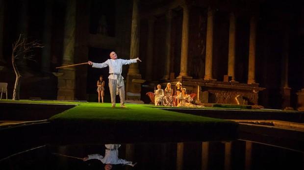 Pepe Viyuela en una escena de «Metamorfosis»