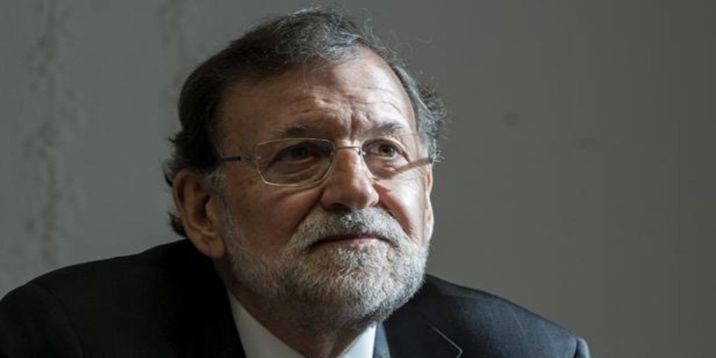 Doce horas escuchando a Mariano Rajoy narrar su libro