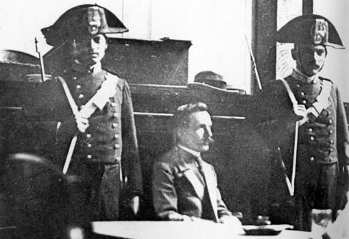 Vincenzo Peruggia, autor del robo de «La Gioconda» en 1911, durante el juicio